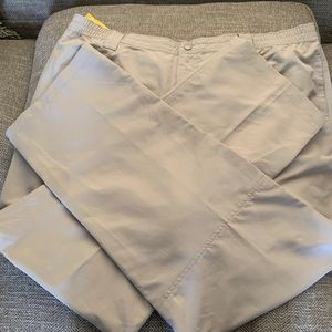 NWT Field & Stream pants - size 2XL - tan color